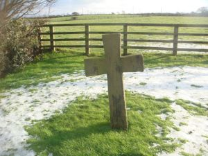 Cross marks the resting place of old funeral processions on the way from Freckleton to bury their dead in Kirkham