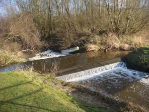 Double sided weir on the Horse Trail series