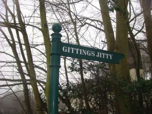 Gittings Jitty is this way!