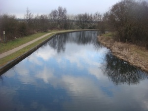 Looking along the canal from one of the Pelsall area caches