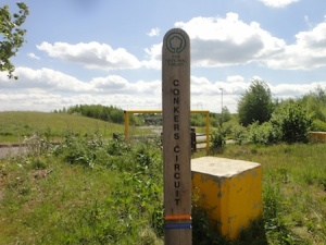 Conkers Circuit - Blue Route marker post