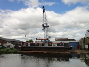 Lifting a canal boat out of the canal