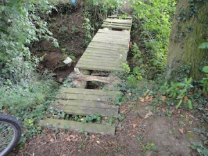 "The cache nearby was called ""Rickety Bridge"" - very aptly named too!"